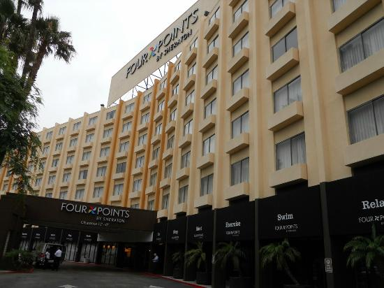 Four Points by Sheraton Los Angeles International Airport: Fachada hotel