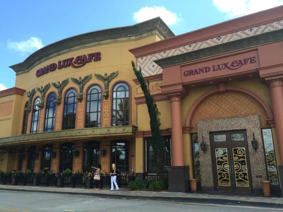 Grand Lux Cafe Boca Raton Reviews