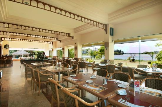 Fiesta Inn Tampico: Cafe La Fiesta Restaurant