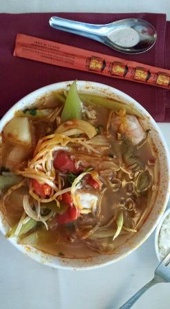 Bui Vietnamese Cuisine: Hot and sour soup with shrimp