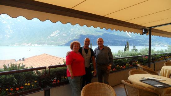 Hotel Ilma: auf der Terrasse mit dem nettestenund freundlichsten Kellner