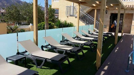 Hotel Noguera: Espace Piscine