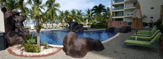 Diamante del Sol: Pool View