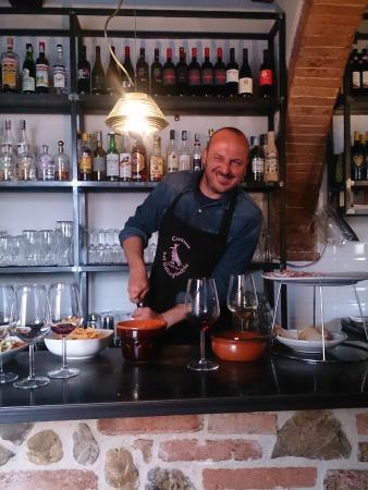 Cantina del Saltapicchio : Owner Gigi