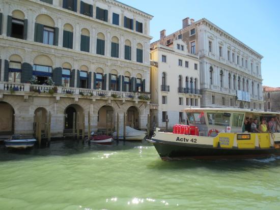 Paseo en vaporetto foto di vaporetto actv venezia for Vaporetto portatile migliore