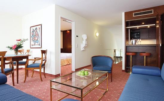Derag Livinghotel Koenigin Luise: Superior Double Apartment