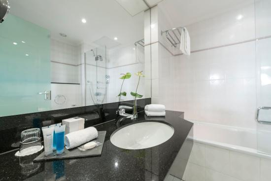 Dorint Hotel Venusberg Bonn : Bathroom