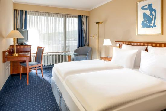 Dorint Parkhotel Bad Neuenahr: Guest room