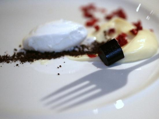 Nu Restaurant: the cheese course - with cherry jelly cubes and bergamot ice cream