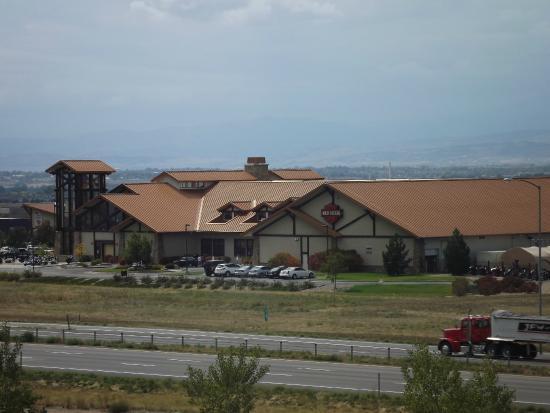 Embassy Suites by Hilton Loveland - Hotel, Spa and Conference Center: Visão da janela do quarto...