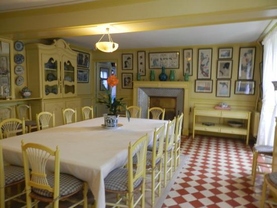 Claude Monetu0027s House And Gardens: Monetu0027s Dining Room
