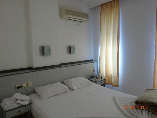 Bayram Apart Hotel: спальня