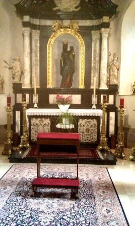 Church of St. John the Baptist (Eglise de St-Jean Baptiste): Black Madonna
