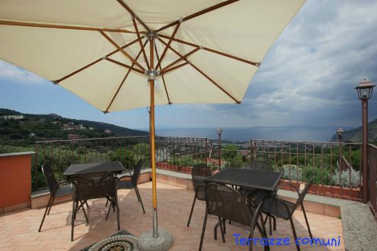Residence L'Incanto: Shared Terrace