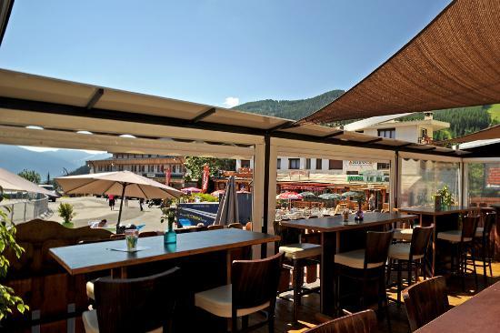 Hotel Edelweiss: Terrasse Restaurant