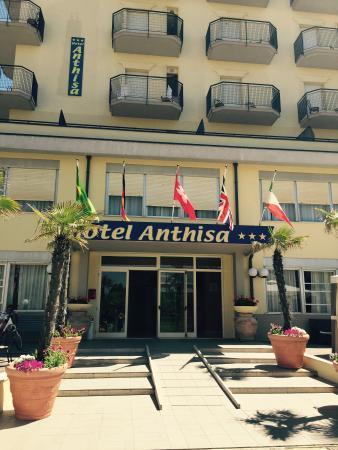 Hotel Anthisa Photo