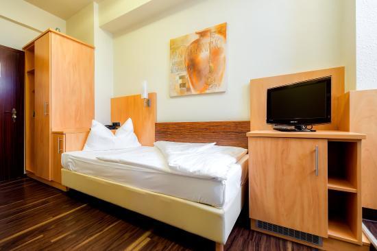 Das kleine Stadthotel Ratingen: Room6