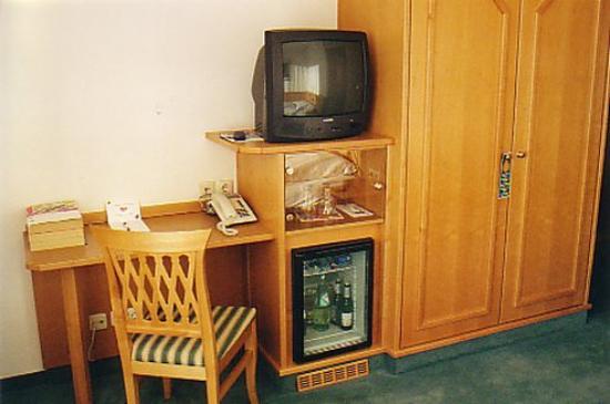 Hotel Perlach: Room