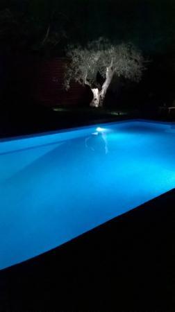 OttoMood B&B: piscina