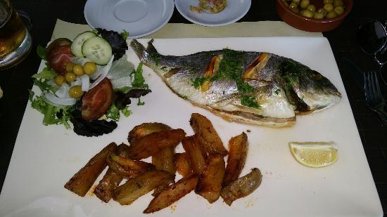 Hola-Ola: Fish stuffed with shrimp