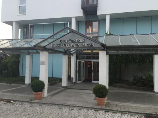 Best Western Parkhotel Weingarten: Вход