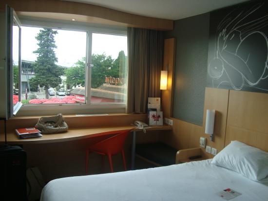 Ibis Montpellier Sud : Bedroom