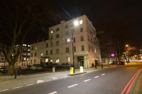 Euston Square Hotel: Exterior
