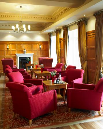 The Marine Hotel: Arran Bar