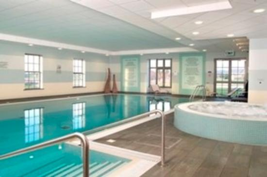 Swimming Pool Picture Of The Cambridge Belfry A Qhotel Cambourne Tripadvisor
