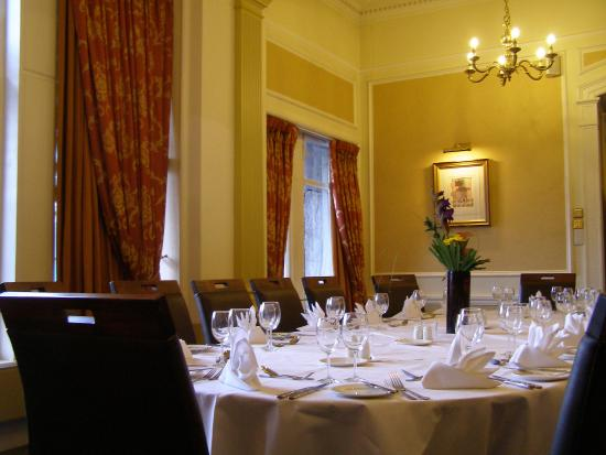 Restaurant picture of mercure aberdeen caledonian hotel for 10 14 union terrace aberdeen ab10 1we