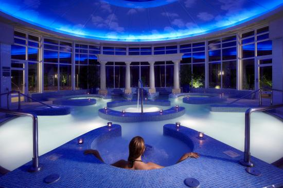 Spa hydro pool picture of chewton glen hotel spa new for Hydroponic pool