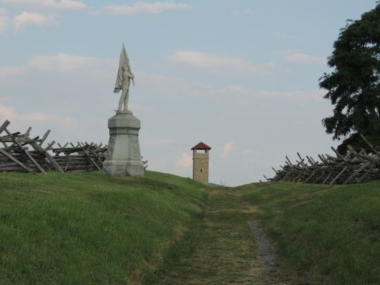 Sharpsburg, MD: Bloody Road at Antietam