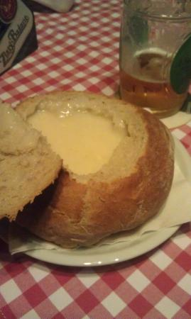 1 Slovak pub : Soup in a bread bowl