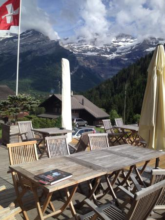 Hotel du Pillon : view from terrace in front of hotel