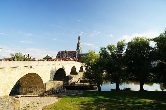 Alte Linde: Регенсбург