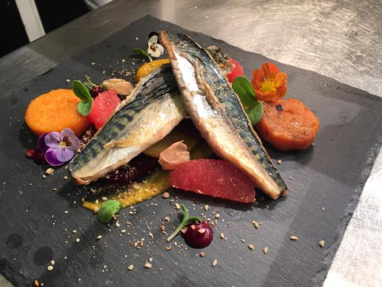 Ale and Oyster: Pan Seared Mackerel