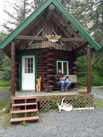 Alaska Creekside Cabins: Eagle's Nest