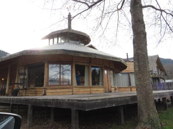 Lodge Bosque Encantado: hostal