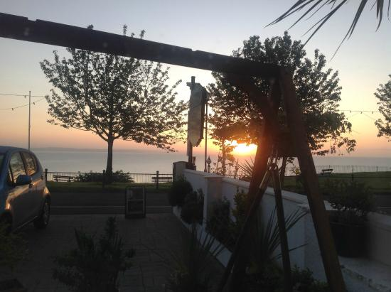 Seabreeze at Babbacombe: Sunrise on our first morning!