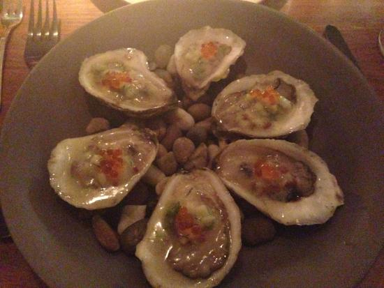 Community Table: Oysters