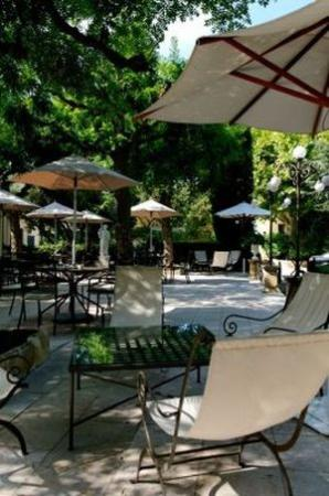 New Hotel Bompard : Terrace