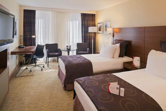 Crowne Plaza Amsterdam City Centre: Superior Room Twin Bed