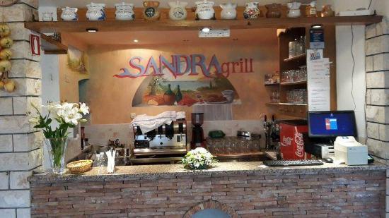 Sandra grill