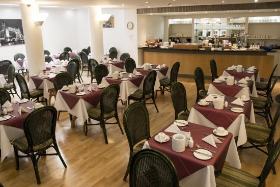 The Darlington Hyde Park: Breakfast room