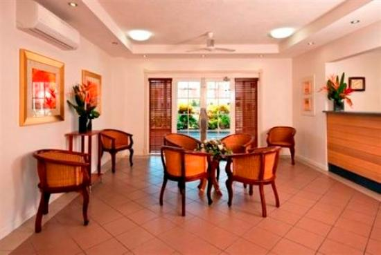 Cairns Queens Court: Queens Court Reception Foyer