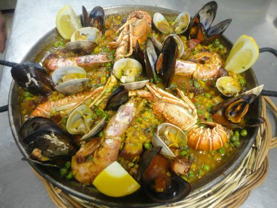 Paella de pescado picture of la brasa de peratallada - Paella de pescado ...