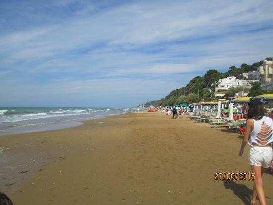 Camping Village Valle D'Oro: spiaggia San Menaio