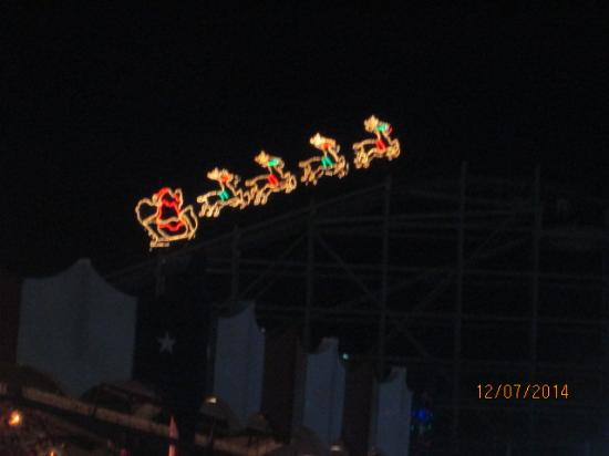 hersheypark santa on comet during christmas candylane