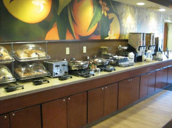 horrible breakfast picture of fairfield inn suites rapid city rh tripadvisor com