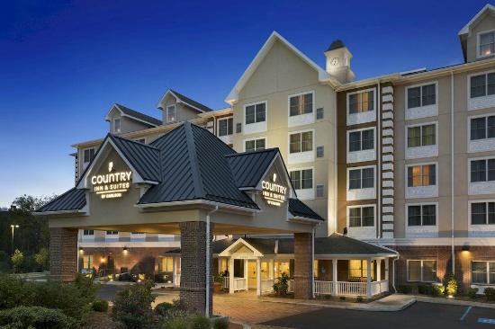 Country Inn & Suites By Carlson, State College (Penn State Area): Night view of Hotel Exterior